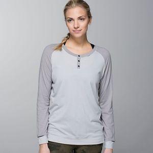 Lululemon Runamuck Long Sleeve Size 4
